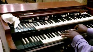 organ player.jpg